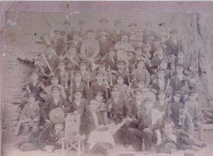BANDA MUSICA ANTIGUA AÑO 1897. PRIMERA FOTO DE LA BANDA.